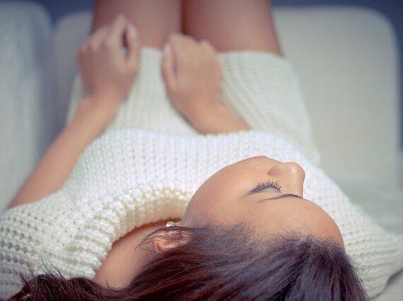 Plaisir féminin : les femmes ont-elles besoin de se masturber ?